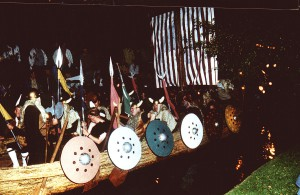 1998Viking003